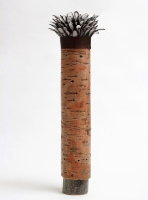 bark-pot-with-chicken-feathers-photo-by-paul-tupman-artist jane bevan